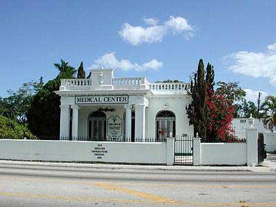 http://www.miamidade.gov/filmiami/gallery/Miami/Little_Haiti/web/Villa_Paula9114FE.jpg